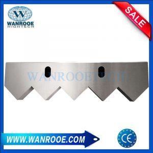 Fixed knife blade for single shaft shredder