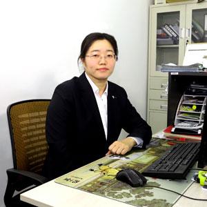Doris Liu-wanrooe team